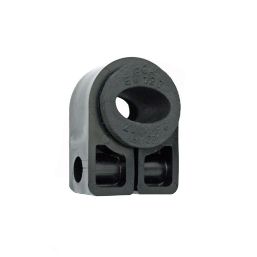 BW1.4-EW132 Black Cleat with Bung
